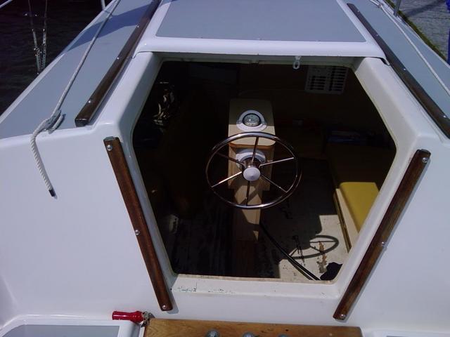 outboard steering wheel