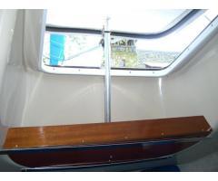 V-berth window support