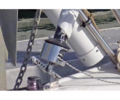 Forestay tensioning lever