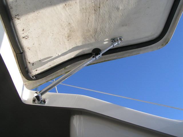 Forward Hatch Adjuster