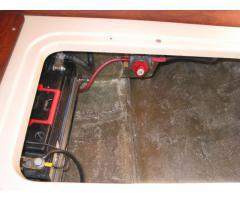 Inverter, extra battery & isolator switch