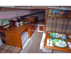 Turning a Vintage Mac 25 into a comfortable long term cruiser
