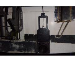Ballast tank valve