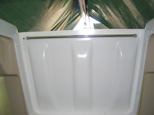 Internal handle hatch washboard